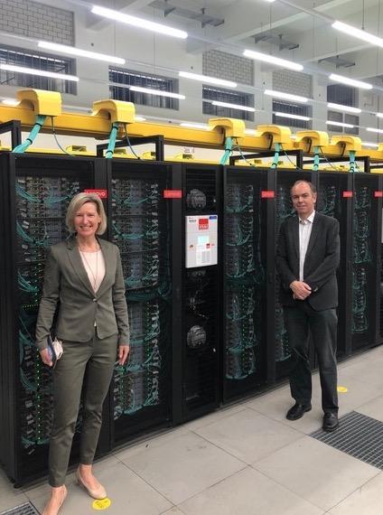 Prof. Dr. A. Niebler with Prof. Dr. D. Kranzlmüller