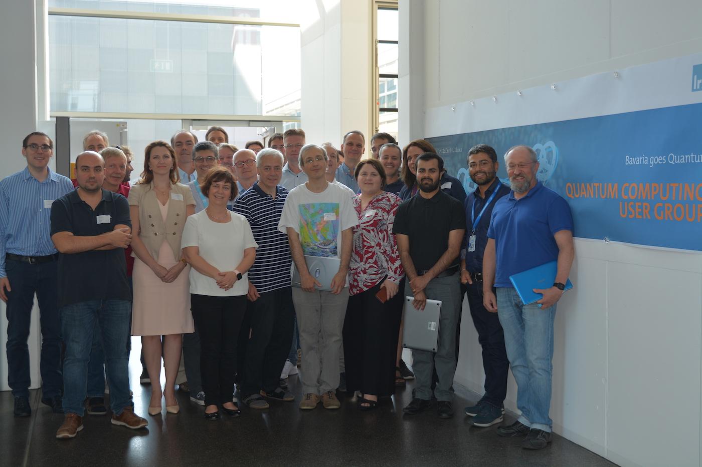 Teilnehmer des ersten Treffens der neuen Quantum Computing User-Group