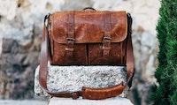 Briefcase. Foto: A. Serrano/Unsplash